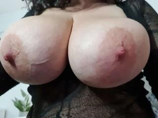 Screen Shot of SweetBoobs42DDD]